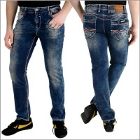 Rusty Neal Jeans 8323-31 mit Kontrastnaht in RED