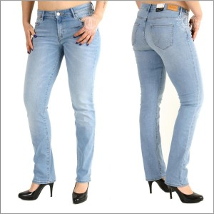 Wrangler Damenjeans Straight Summer Feeling W29 L32